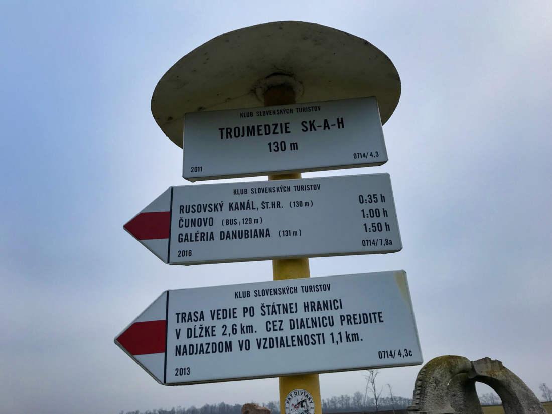 Turistická značka, Rusovce