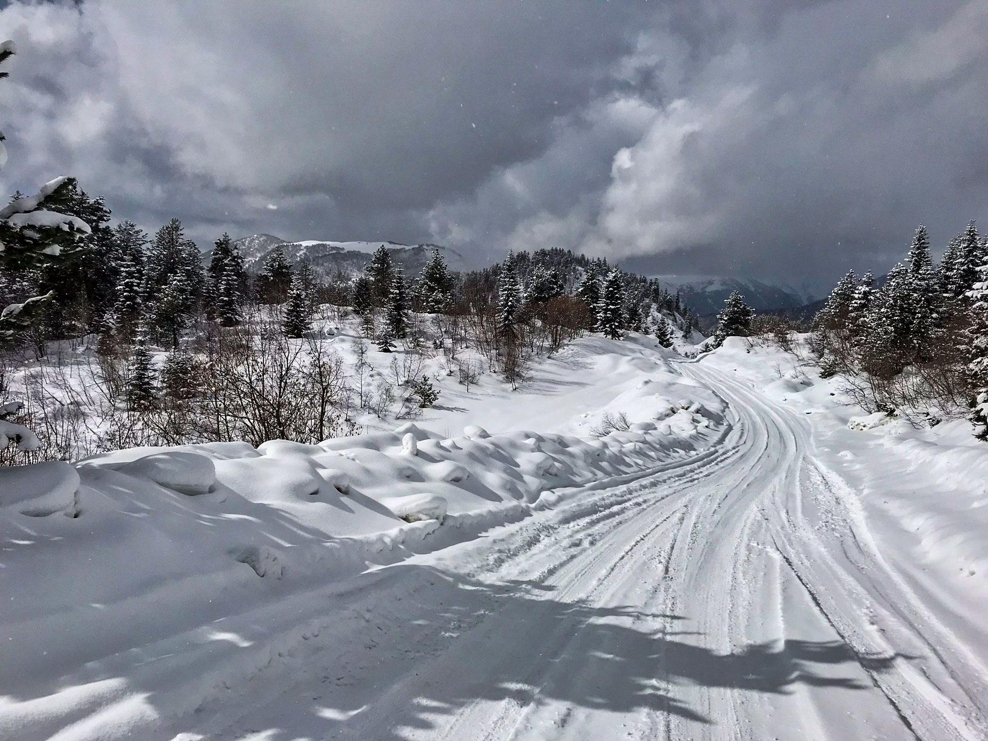 Road to Tetnuldi