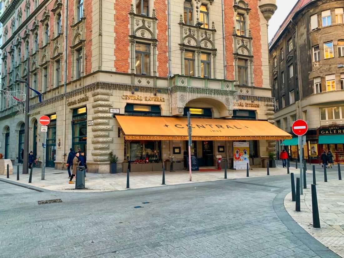 Kávéház Centrál, Budapešť
